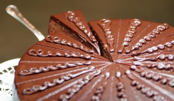Виенска шоколадова торта