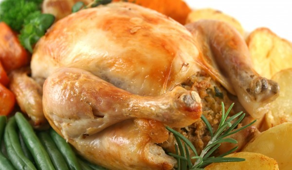 Пълнена домашна кокошка