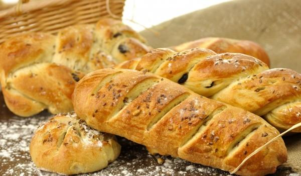 Гръцки хлебчета с маслини и кимион