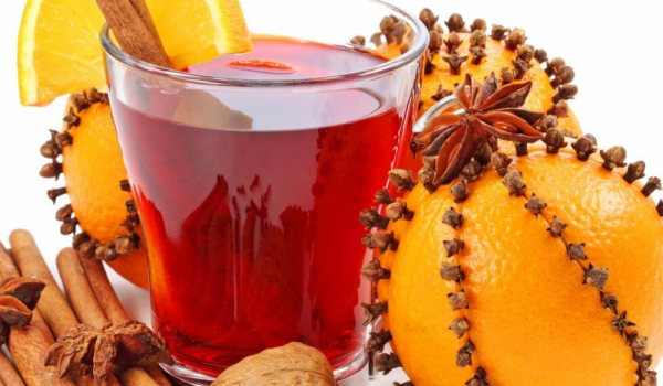 Глинтвайн с мед и портокал